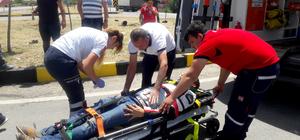 Muğla'da ticari araçla motosiklet çarpıştı: 2 yaralı