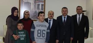 Özel öğrencilerden Vali Dağlı'ya davet