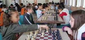Şemdinli'de satranç turnuvası