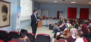 Şaphane Meslek Yüksekokulunda 'lojistik sektörünün geleceği ve sorunları' konulu seminer