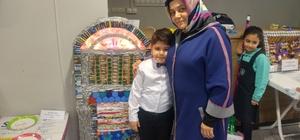 İstiklal Marşı aşkı minik Yağız'a buluş yaptırdı