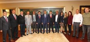 Sürücü kurslarının yöneticileri Başkan Köşker'i ziyaret etti