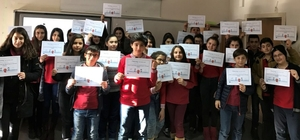 Zileli öğrencilerin Avrupa projesi başarısı