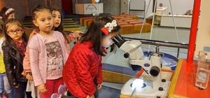 Nezaket Okullarında geleceğin bilim adamları yetişiyor