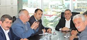 Başkan Sağıroğlu muhtarlarla toplantı yaptı