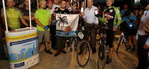 Başkan Tarhan, Avrupa Bisiklet Yarışmasına katılarak pedal çevirdi