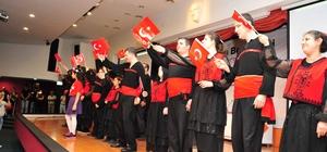 Engellilerin sorunlarının konuşulduğu panelde İzmir Marşı sürprizi