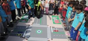 Anamur'da öğrencilere trafik eğitimi verildi