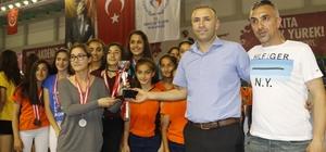 Akdeniz Belediyespor voleybol branşında iddialı