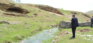 Adilcevaz'da sulama göleti çalışması
