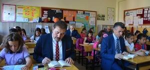 Edremit'te okuma saatleri devam ediyor