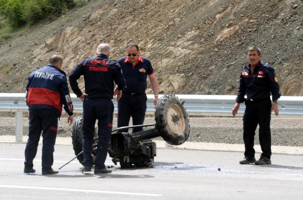 Tokat'ta otomobille traktör çarpıştı: 3 yaralı