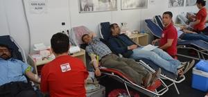 Siverek'te vatandaşlar kan bağışına yoğun ilgi gösterdi