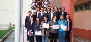 Taşköprü'de yüzme kursunu bitiren 110 kadın, sertifikalarını aldı