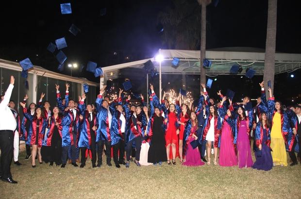 Erkan Temel Lisesi'nde mezuniyet coşkusu