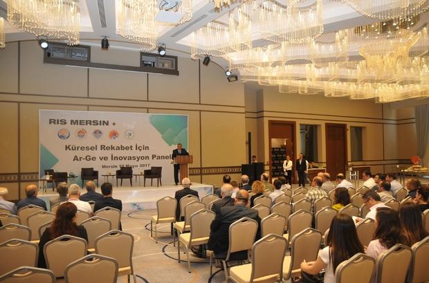 """""""Küreselleşen Rekabet İçin Ar-Ge ve İnovasyon"""" paneli"""