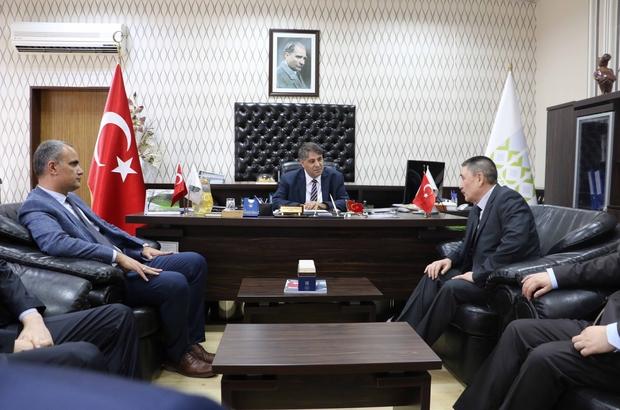 Özbekistan Ankara Büyükelçisi'nden KBÜ Rektörü Polat'a ziyaret