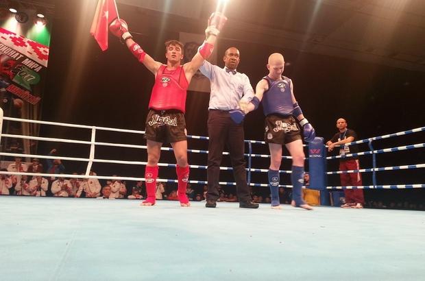Altuntaş, Muay Thai dünya üçüncüsü oldu