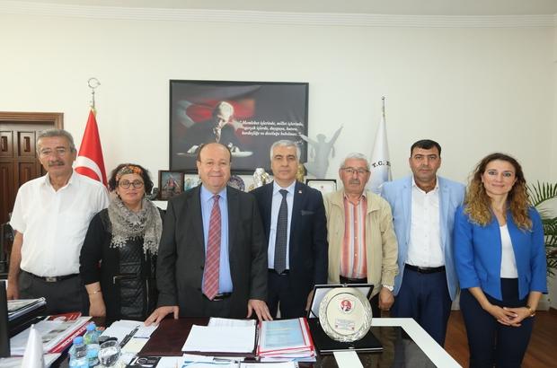 CHP İl Başkanı İnci'den Başkan Özakcan'a teşekkür plaketi