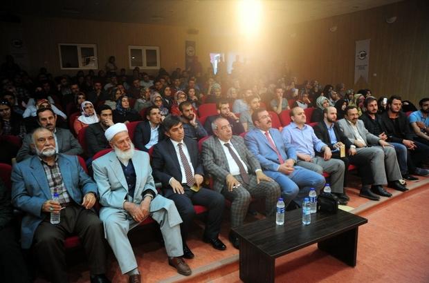 "Van'da ""Gençliğe Kurulan İnanç Tuzakları"" konferansı"