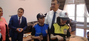 Osmaniye'de engelli çocuklar polis oldu