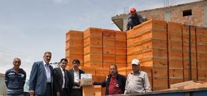 Sincik'te bin 50 adet arılı kovan dağıtıldı