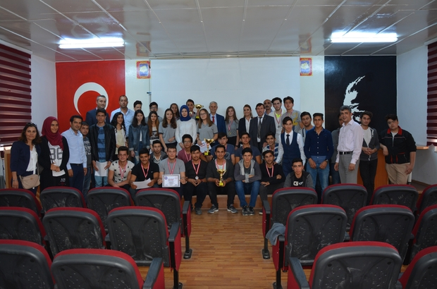 Söke'de satranç turnuvasının birincisi Cumhuriyet Anadolu Lisesi oldu