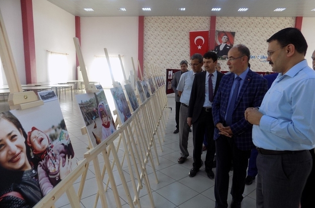 Gömeç'de fotoğraf sergisi açıldı