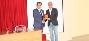 Burhaniye'de girişimcilik konferansı