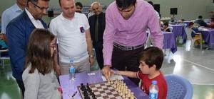 Tokat'ta ödüllü satranç turnuvası başladı