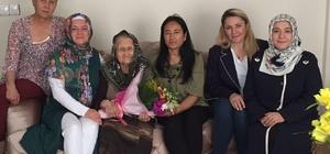 AK Parti Kadın Kollarından Anneler Günü ziyareti