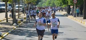 Beykoz'da 2 bin sporcu 15 Temmuz şehitleri için koştu