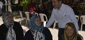 Başkan Ataç engelli ve şehit anneleri ile kahvaltıda buluştu