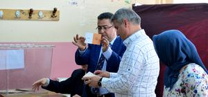 Akmescit Mahallesi'nde halk oylaması