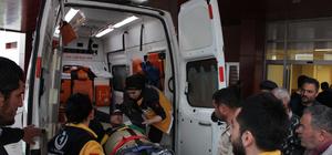 Cami inşaatının iskelesinden düşen 2 işçi yaralandı