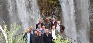 31 yıl sonra Tortum Şelalesi'nde buluştular