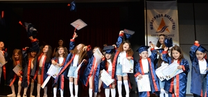 Başkan Uysal, kreş öğrencilerinin mezuniyet törenine katıldı
