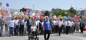 """Engeliler Haftası'nda """"farkındalık"""" yürüyüşü"""