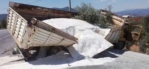 Milas'ta maden yüklü kamyon kaza yaptı; 1 yaralı