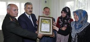 Torbalı'da şehit ailesine şehadet belgesi verildi