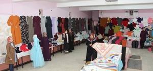 Ev hanımları el emeği ürünlerini sergiledi