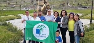 """Eko-Okullara uluslararası """"yeşil bayrak"""" ödülü"""