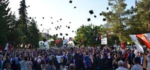 Harran Üniversitesinde mezuniyet heyecanı
