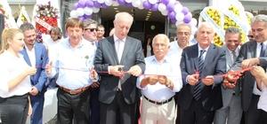 Kapı Dünyası merkez ofisi Karabağlar'da açıldı