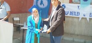 Özalp MYO'da mezuniyet töreni