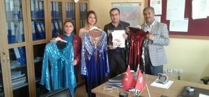 AK Parti İlçe Başkanı Çevik'ten folklor ekine kıyafet desteği