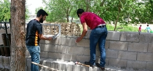 Birecik MYO köy okulunun tadilatını yaptı