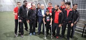 """Başkan Büyükkılıç, """"Sporda engellerin kaldırılması için gereken hizmetleri sunmak istiyoruz"""""""