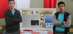 Lise öğrencileri görme engelliler için namaz pusulası icat etti