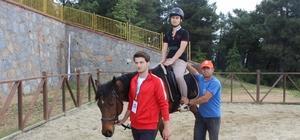 Gebzeli özel çocuklar Atlı Binicilik Kulübünde